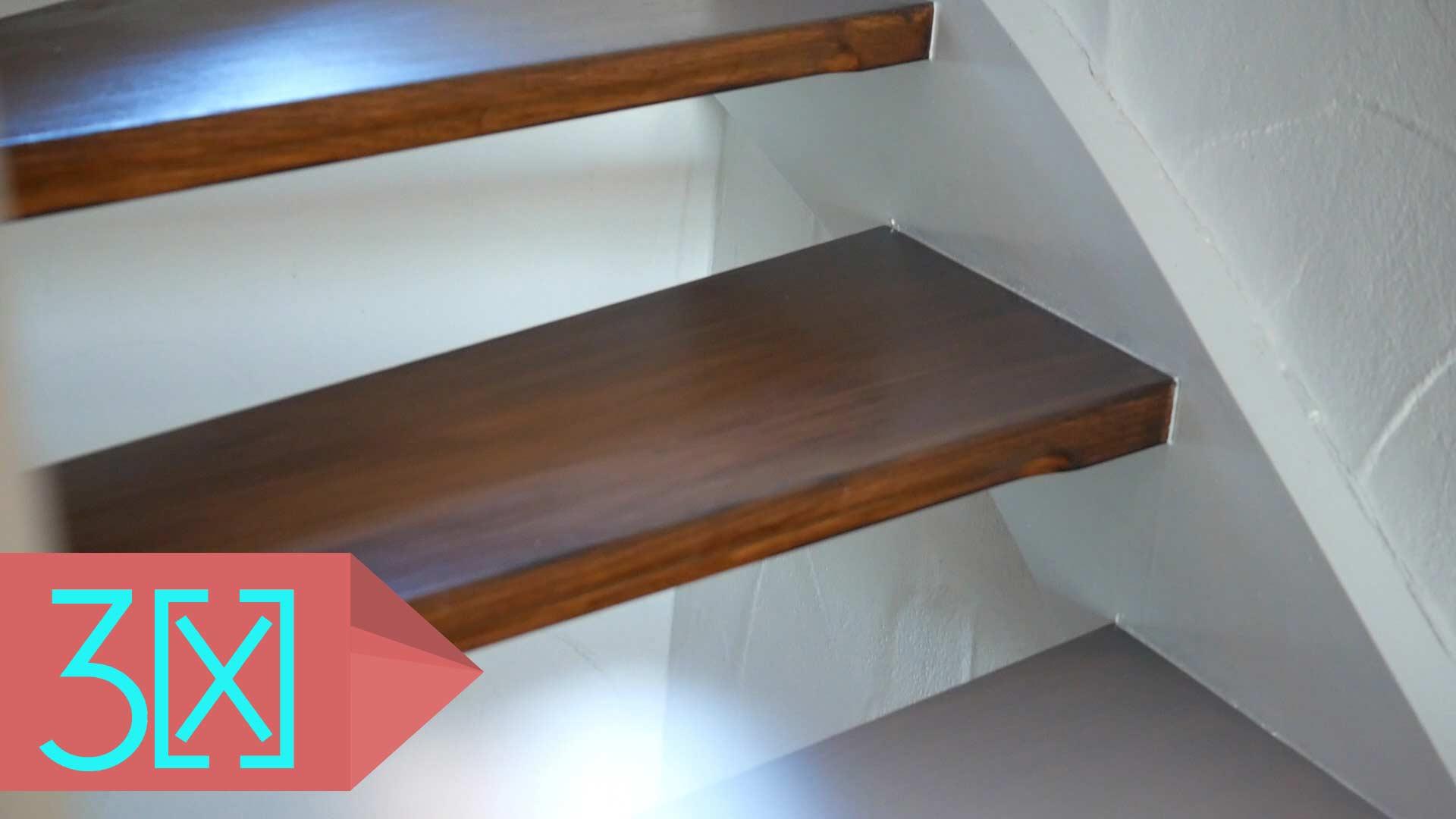 Treppe lasiert