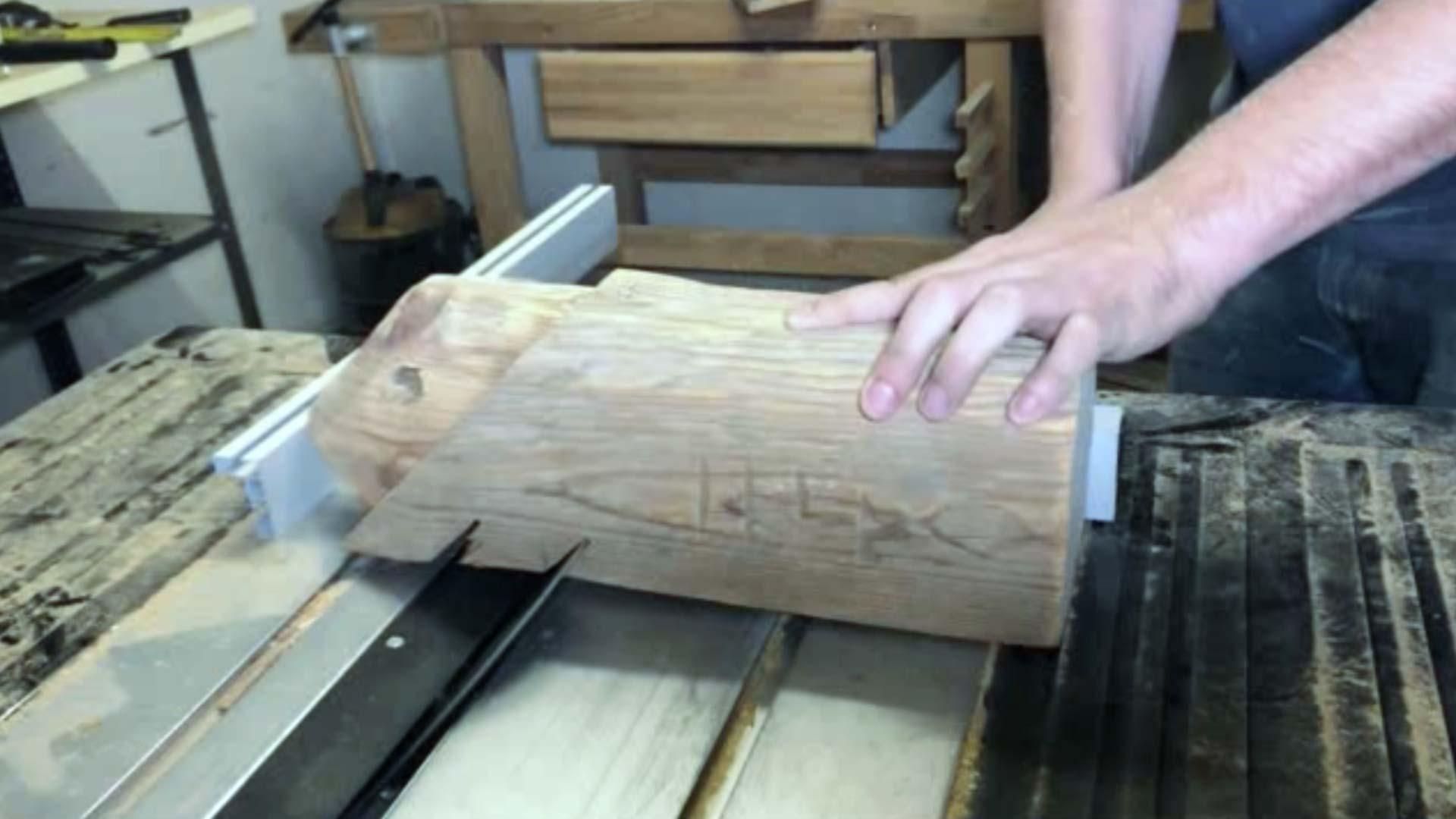 Sägeschnitt Holzbalken